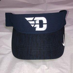 Nike University of Dayton Visor